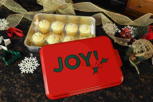 NCP-AF-2 Joy and Natural Aluminum Cake Pan 2 Pack Lifestyle